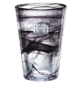 Marknadsför med egen glaskonst