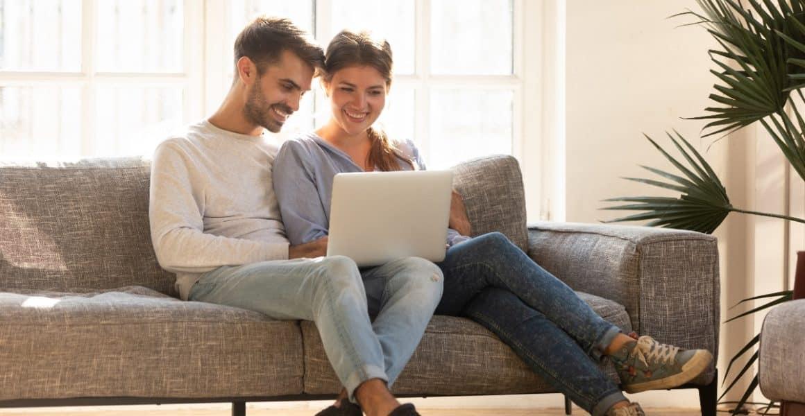 Online in sofa
